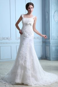 2013 Square Straps Outdoor Wedding Dress with Bowknot and Zipper Up Back