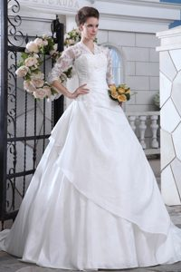 V-neck Half Sleeves Garden Wedding Dress with Appliques and Cutout on Back