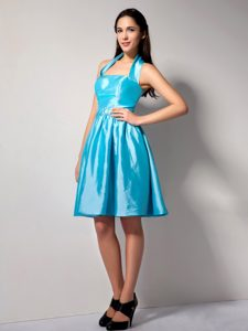 Unique Aqua Blue Halter Top Zipper-up Junior Bridesmaid Dress for Summer