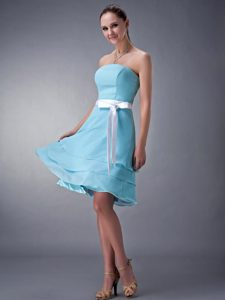 Fashionable Aqua Blue Lace-up Chiffon Bridemaid Dress for Church Wedding