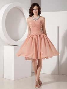 Sweetheart Ruched Chiffon Wonderful Maid of Honor Dresses in Peach Red