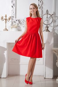 Discount Scoop Knee-length Bridesmaid Dresses in Red for Summer