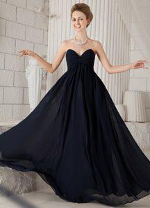 Sweetheart Ruched Zipper-up Fabulous Junior Bridesmaid Dress in Black