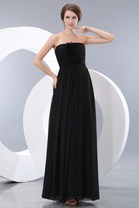 Discount Ruched Black Bridesmaid Dresses in Long with Flowers