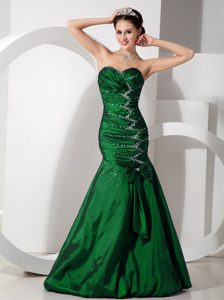 Memorable Navy Blue Mermaid Ruched and Beaded Dresses for Prom Court