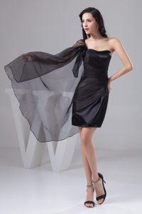 Unique One Shoulder Mini-length Ruched Prom Dresses for Ladies in Black Taffeta