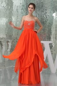 Coral Red Sweetheart Beaded Chiffon Celebrity Prom Dress with Ruching for Cheap