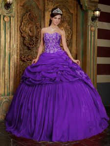 Gorgeous Ball Gown Sweetheart Beading Quinceanera Gowns Dresses in Purple