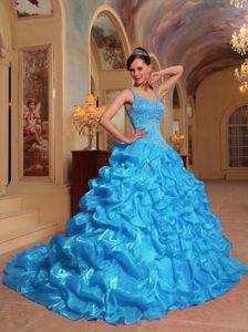 Dreamy Aqua Blue Organza Embroidery Quinceanera Gown with Spaghetti Straps
