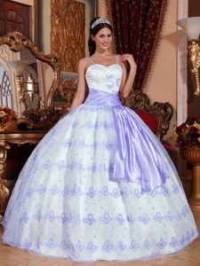 Lilac and White Spaghetti Straps Quinceanera Dresses with Appliques and Sash