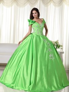 V-neck off-the-shoulder Ball Gown Green Quinceanera Dresses with Appliques