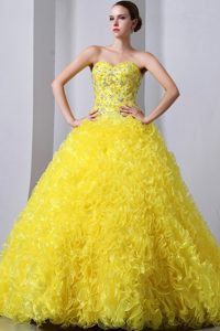 Sweetheart Court Train Yellow Beaded Organza Sweet 16 Dresses with Ruffles