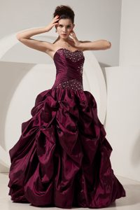 Dark Purple Sweetheart Long Beaded Quinceanera Dress with Pick-ups