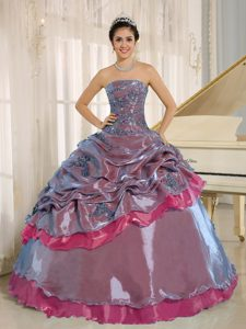Multi-colored Strapless Ball Gown Beaded Quinceanera Dresses with Pick-ups