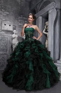 Strapless Hunter Green and Black Quinceanera Dress with Ruffles and Appliques