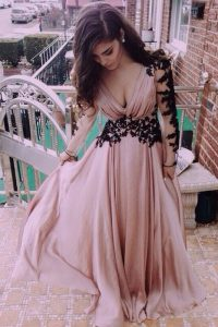 Pink Chiffon Zipper V-neck Long Sleeves Floor Length Evening Dresses Ruching