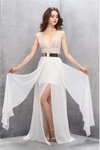 Column/Sheath Sleeveless White Evening Gowns Sweep Train Zipper