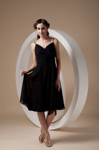Lovely Black Empire Spaghetti Straps Chiffon Bridemaid Dress with Ruching and Bow