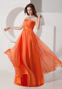 Strapless Chiffon Ruched Long Dresses for Bridesmaid in Orange Red