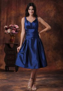 2013 V-neck Tea-length Royal Blue Junior Bridesmaid Dresses with Ruching