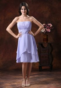 Lilac Strapless Chiffon Ruched Maternity Bridesmaid Dress in Knee-length