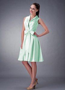 Turndown Collar Knee-length Apple Green Pageant Dresses with Bow