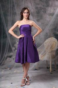 Pretty Eggplant Purple Knee-length Prom Dress for Party in with Ruching