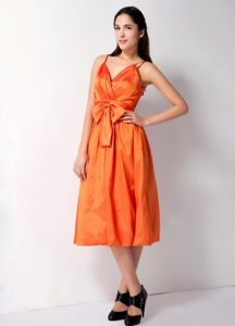 Cheap Orange Maternity Bridesmaid Dress with Straps and Bowknot in Taffeta
