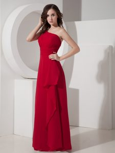 One Shoulder Long Chiffon 2013 Bridesmaid Dress in Red with Ruches