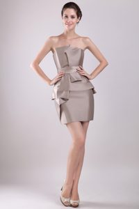 Strapless Short Bridesmaid Dresses for Wedding with Bowknot in Gray