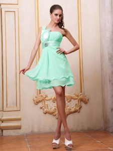 Chiffon One Shoulder Short Prom Dress with Ruches and Beads in Apple Green