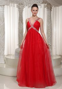 Pretty Red V-neck Prom Graduation Dress with Beadings and Ruches