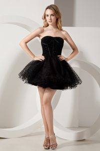 Black Strapless Mini-length Organza Beaded Prom Homecoming Dress for Girls