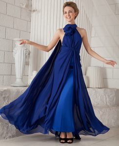 Royal Blue High-neck Chiffon Prom Dresses for Anniversary with Watteau Train
