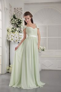 Straps Brush Train Apple Green Ruched Chiffon Prom Dress for Summer Holiday