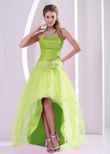 Yellow Green Sequins Decorated Grad Prom Dresses with Flower and High-low