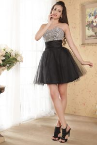 Sweetheart Beaded Mini-length Tulle Classical Prom Evening Dress in Black