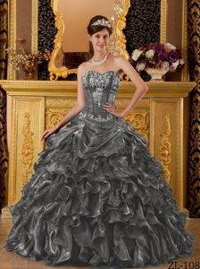 Ready to Wear Sweetheart Organza Sweet 16 Quinceanera Dresses with Ruffles