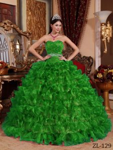 Green Sweetheart Organza Beaded and Ruched Quinceanera Dresses with Ruffles