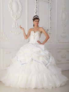 White Beaded 2012 Quince Dress in Organza and with Sweetheart