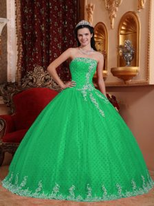 Green Strapless Dresses for Quince with White Appliques and Lace Up Back