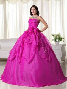 Ball Gown Strapless Quinceanera Dresses for 2012 with Embroidery in Fuchsia