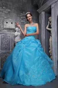 Beautiful Aqua Blue Appliqued Quinces Dresses with Strapless on Promotion
