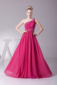 Unique Single Shoulder Chiffon Holiday Prom Dresses with Beading in Hot Pink