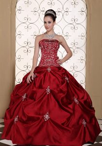 Beading and Appliques Wine Red Quinceanera Gown Strapless Pick-upped