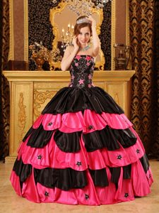 Strapless Beading Black and Red Quinceanera Gowns with Cute Star
