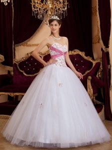 Beading Sweetheart Appliques Long White Tulle Sweet 15 Dresses