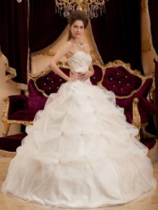 Brand New Ivory Ball Gown Sweetheart Quinceanera Dresses and Organza
