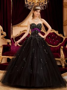 Formal Ball Gown Sweetheart Quinceanera Gown to Long in Black