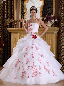 Best Seller White A-line Strapless Organza Appliqued Quinceanera Dress Gowns